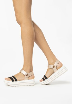 Platform sandals - phard