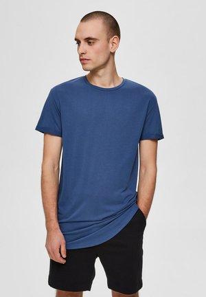 ABGERUNDETES  - Basic T-shirt - ensign blue