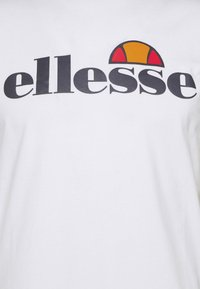 Ellesse - CELLA  - T-shirt z nadrukiem - white - 5