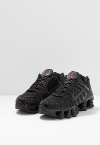 Nike Sportswear - Nike Shox TL Herrenschuh - Trainers - black/metallic hematite/max orange - 3