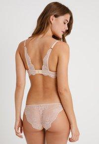 Stella McCartney Lingerie - SMOOTH WIRELESS CONTOUR - Push-up bra - nude - 2