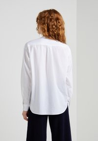 CLOSED - BLANCHE - Blouse - white - 2