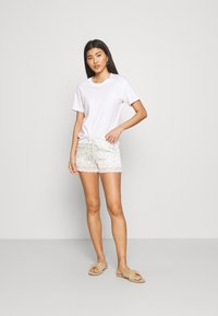 Etam - NEMY SHORT - Bas de pyjama - ecru - 1