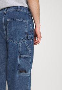 BDG Urban Outfitters - CARPENTER - Straight leg -farkut - dark vintage - 5