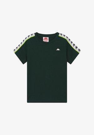 HANNO - T-shirt print - ponderosa pine