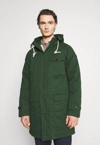 Scotch & Soda - CLASSIC PADDED JACKET - Zimní kabát - army - 0