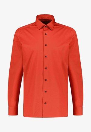 MODERN FIT - Shirt - rost