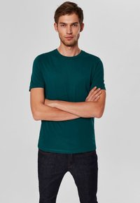 Selected Homme - SHDTHEPERFECT - T-paita - green - 0