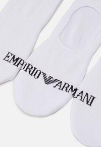 Emporio Armani - INVISIBLE SOCKS 3 PACK - Sportovní ponožky - bianco/bianco/bianco - 1