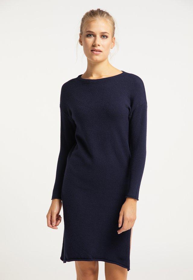 Pletené šaty - marine