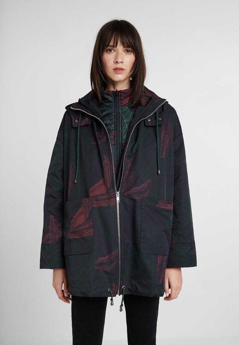 Desigual - RAIN WINTER JUNGLE - Waterproof jacket - green