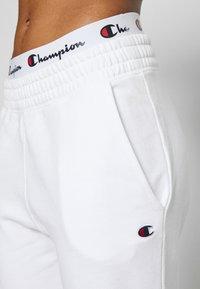 Champion - STRAIGHT PANTS - Joggebukse - white - 4