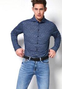 DESOTO - Shirt - royal - 0