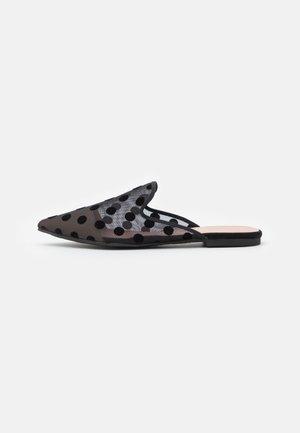 MARA - Pantofle - black