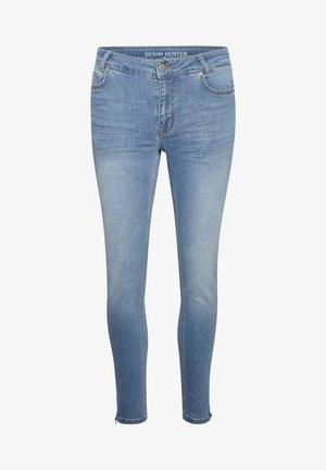 Slim fit jeans - light blue wash
