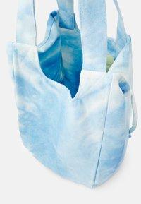 Vero Moda - Bolso de mano - blue - 3