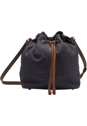 DREIMASTER BEUTELTASCHE - Across body bag - marine braun