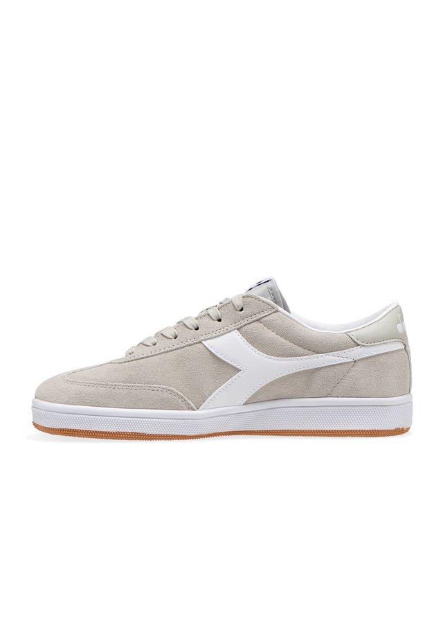 FIELD - Sneakers basse - 75031 - mastice