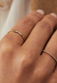 Isabel Bernard - 14 CARAT GOLD - Ringe - gold - 0