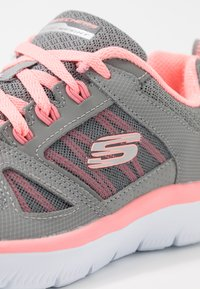 Skechers Sport - SUMMITS - Trainers - gray/coral - 2