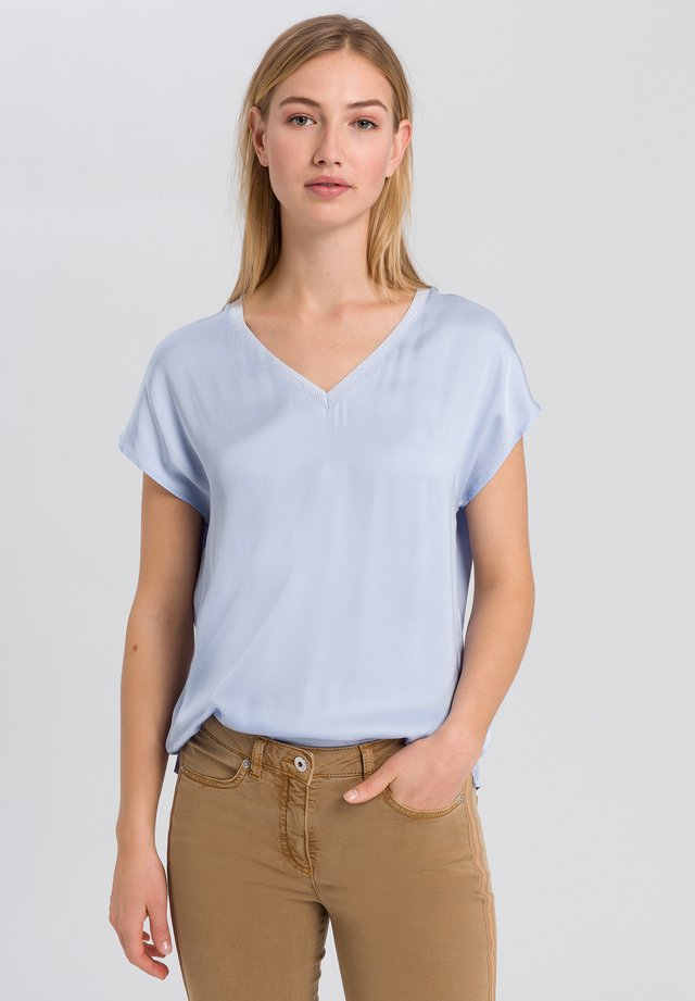 BLUSENSHIRT - Blouse - light blue