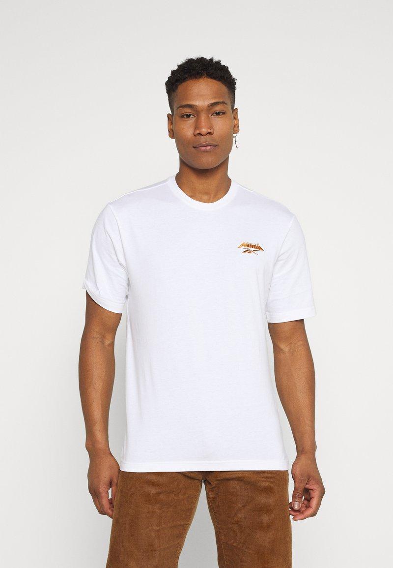 Reebok Classic - TEE - Print T-shirt - white