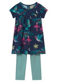 Walkiddy - BABYDOLL HUMMINGBIRDS SET - Leggings - Trousers - multi-coloured - 0