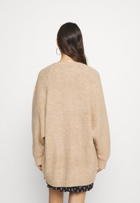 New Look - BATWING - Gilet - camel - 2