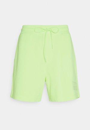 TONAL LOGO BEACH - Shorts - faded lime