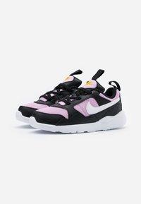 Nike Sportswear - PEGASUS '92 LITE - Zapatillas - black/white/light arctic pink - 1