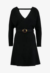 Forever New - MADELYN BELTED DRESS - Strickkleid - black - 6