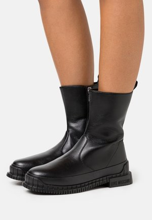 STREET LOVE - Stiefel - black