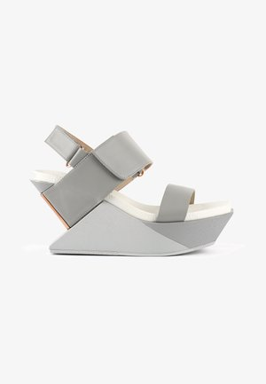 DELTA - Wedge sandals - composite