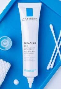 La Roche-Posay - EFFACLAR K (+) CREME - Face cream - - - 3