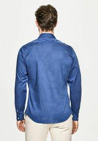 Hackett London - POPLIN - Shirt - marina - 2
