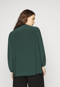 Evans - PUSSYBOW - Long sleeved top - green - 2