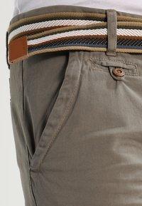 INDICODE JEANS - ROYCE - Shorts - greige - 3