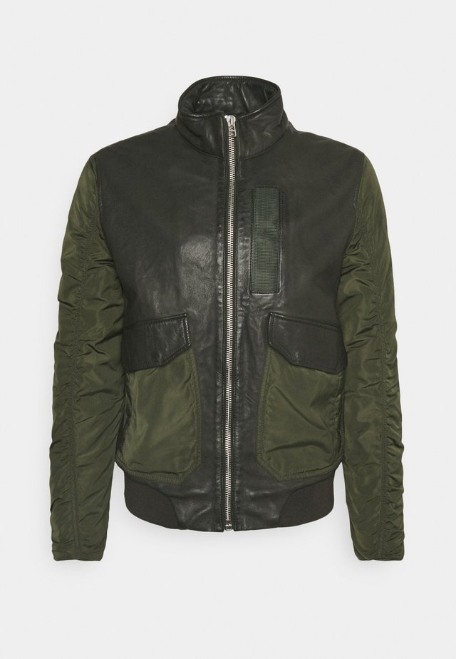 CHAIN BOMBER - Bomber bunda - leaf green