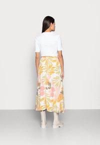 Saint Tropez - GABY SKIRT - A-line skirt - birch botanic outline - 2