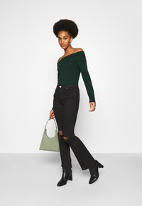 Vero Moda - VMPANDA OFF SHOULDER - Long sleeved top - pine grove - 1