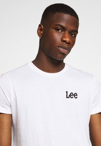 Lee - TWIN 2 PACK - T-shirt print - white/sky blue - 5