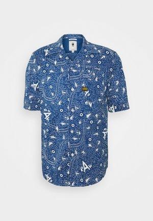 BRISTUM 1PKT SERVICE STRAIGHT SHIRT S\S - Overhemd - deep true blue batik