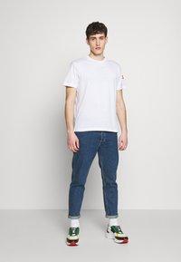 Colmar Originals - SOLID COLOR - Jednoduché triko - white - 1
