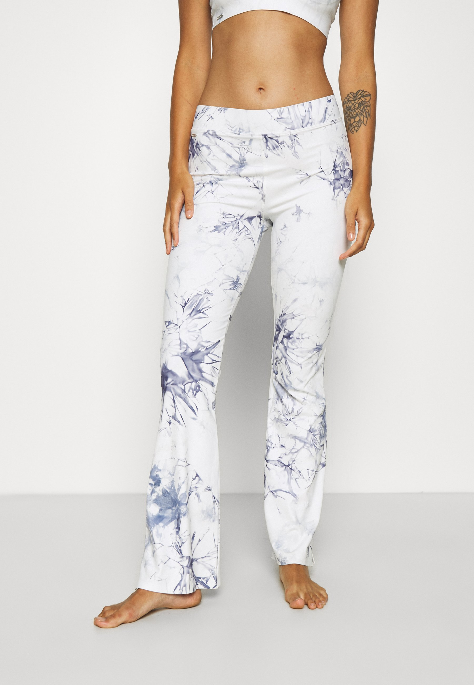 Donna LOUNGE FLARED PANTS - Pantaloni del pigiama