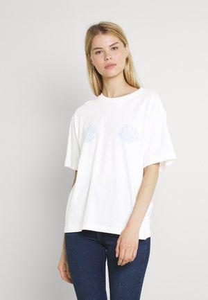 TOVI TEE - Print T-shirt - white light shells