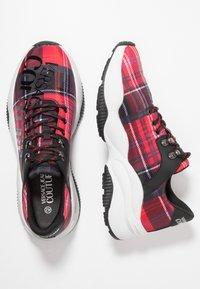 Versace Jeans Couture - LINEA FONDO EXTREME - Zapatillas - tartan - 1