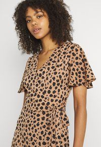 Never Fully Dressed - LUCIA  - Maxi dress - leopard - 3