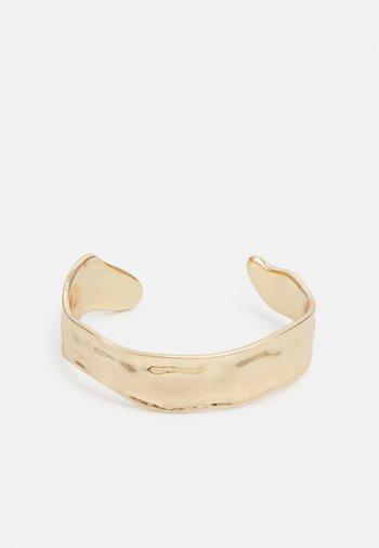 BRACELET/BANGLE HAMMERED - Bracelet - gold-coloured