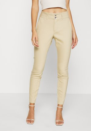 BLAKE NIGHT PANT SUSTAINABLE - Broek - safari