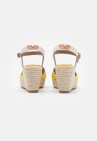 TOM TAILOR - Sandály na platformě - yellow - 3
